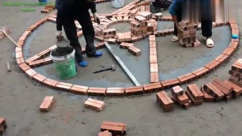 越南农民工太有才了,这样砌砖都能砌出新花样,为手艺人点个赞