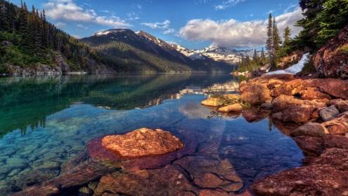 世界上最值钱的河,水里的石头比黄金还贵,可当地人却不敢捞