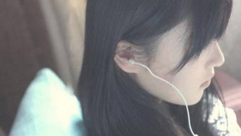 每天都带着耳机,会对我们耳朵有啥危害,专家:失聪的几率非常大