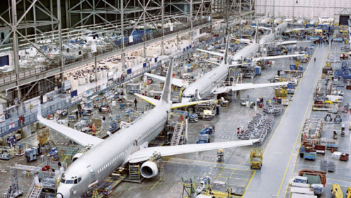 6架ARJ21同框,发动机与美国A10攻击机同源,日本占股30%