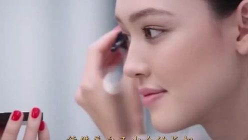 中澳混血模特不化妆比化妆还美,化妆后多了一丝违和感!