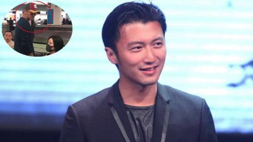 谢霆锋携王菲出游 化身王菲小迷弟超甜蜜