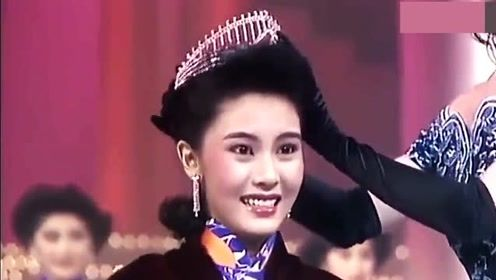 李嘉欣31年前获得香港小姐冠军,皮肤吹弹可破,不愧是最美港姐!