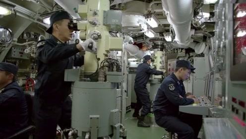 潜艇里不能明火做饭,那潜艇兵都吃什么?士兵:比起肉,更想吃菜