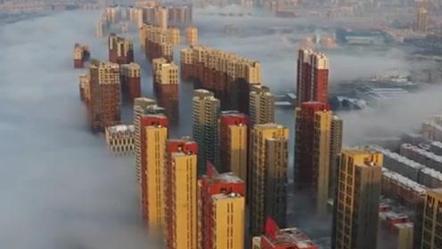 宛如仙境!实拍吉林松花江沿岸现平流雾景观