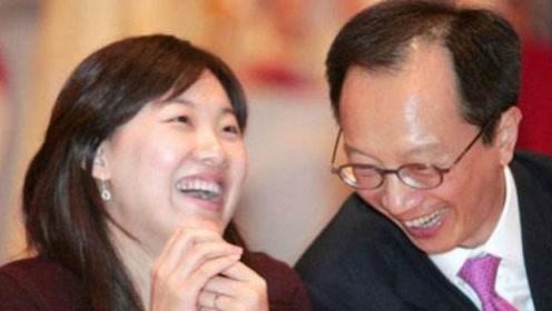 伏明霞豪门梦破碎?被网传离婚,66岁老公回了6字!