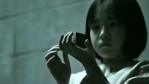 小女孩被当成小白鼠研究,没想到居然有了超能力,这下成超女了!