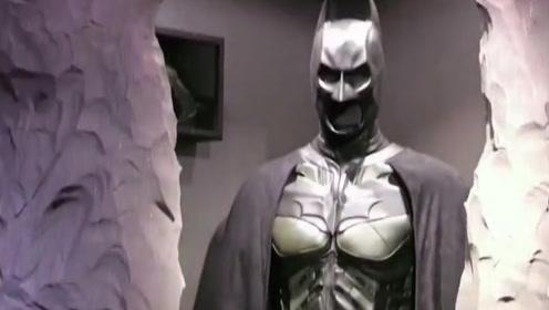 男子崇拜蝙蝠侠,竟痴迷到如此地步!
