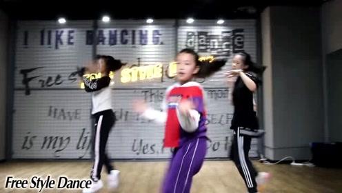 自由式流行舞基地Buttons舞蹈少儿爵士舞小班