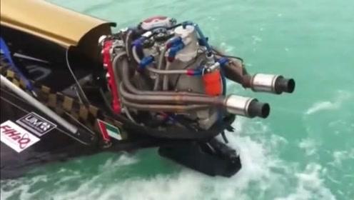 让你看看快艇的发动机有多强,v8引擎