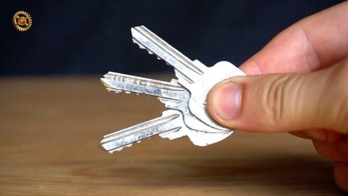 大门的备用钥匙藏在这里,神不知鬼不觉,再不怕忘带钥匙了