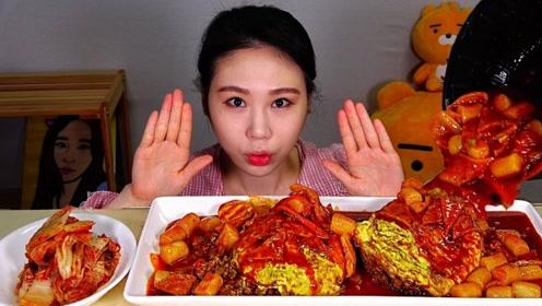 动手吃美食:吃美味泡菜 米饭