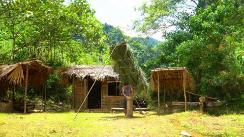 越南小哥赵辉路,独自一人在山里生存,过着与世无争的生活