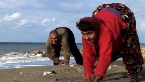 最奇怪村庄,他们竟用四肢爬行,专家得出结论让人不敢相信!