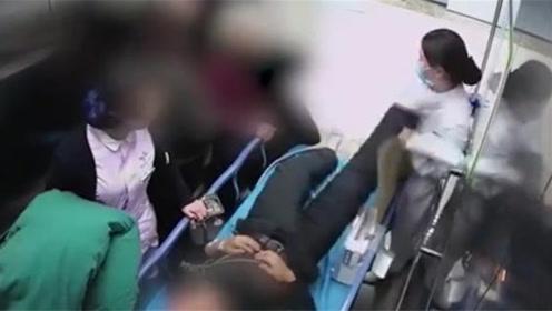 脑梗患者电梯里狂踹护士!监控拍下事发全程令人百感交集