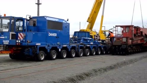 实拍超大型载货运输重型设备,太壮观了