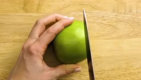这样子吃苹果你试过吗,这刀工得学多久,太厉害了!