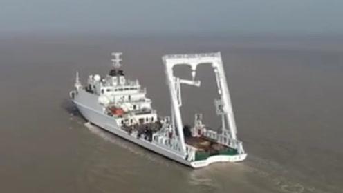 """大型浮标船""""向阳红22""""交付 自主设计建造 将参与重大海洋观测任务"""