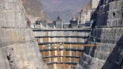"""中国耗时8年耗资千亿,再造""""第二座三峡大坝"""",预计明年竣工"""