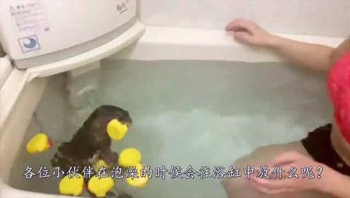 为啥日本人泡澡时,都喜欢在浴缸里放塑料瓶子?理由让人心酸!
