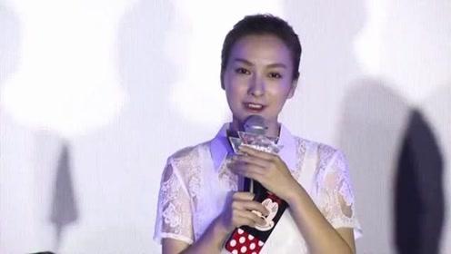 杜海涛胆子越来越大,有谁注意他和吴昕搭档手放哪?