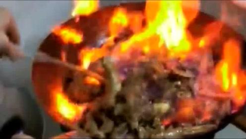 终于见识到了什么是火锅,看来以前吃的都是假的