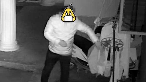 居民自家院子安装监控,就为逮住一个专偷女性贴身衣物的男人