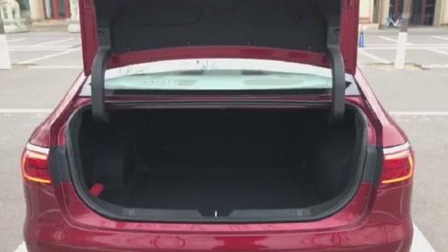 新车抢鲜看:广汽传祺GA6后备箱,空间可观,拓展性功能略少