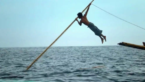 世界上最后的传统捕鲸人,一把鱼叉挑战抹香鲸,镜头记录全过程
