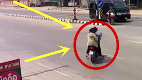 儿子突发急病,父亲骑摩托横穿马路,一家三口齐上天堂!