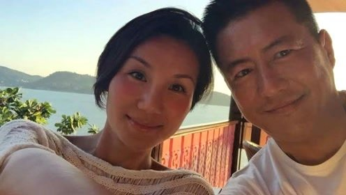 """他是张若昀""""父亲""""江珊的前夫,离婚后娶小16岁娇妻,今再翻红"""