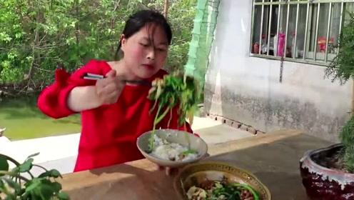 这道菜被很多人讨厌,胖妹却研究出新吃法,这次可以解馋了