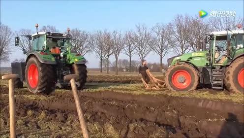 还是农用机管用!都不用当心被烂泥困住