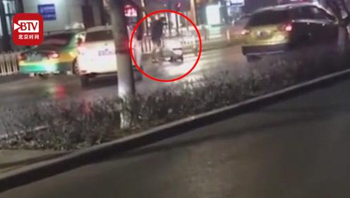 男子醉驾截停妻子暴打后开车撞倒 警方:涉嫌危险驾驶及故意伤害