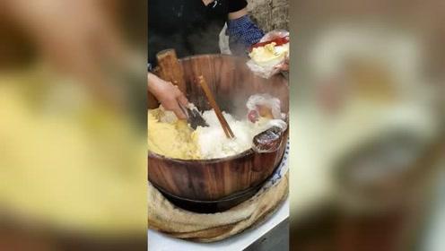 每次逛街必吃的糯米饭,看看有没有馋到你!