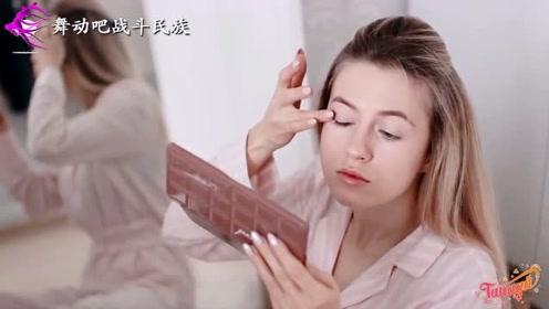 """有一个俄罗斯模特女朋友是什么体验?看她""""精致""""的生活就懂了"""