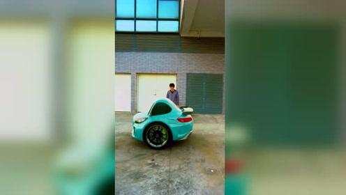 奔驰的新车,奔蛋!