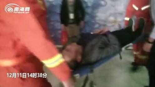 67岁老人被困电梯昏迷 海口消防紧急送医