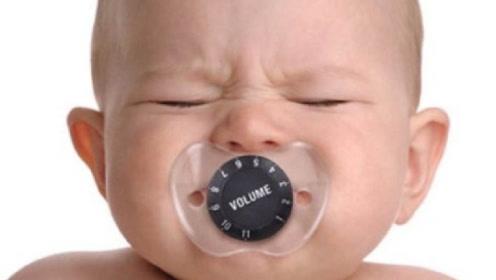 """宝宝出牙期间如何护理?注意做好这3件事,别""""破坏""""牙齿健康"""