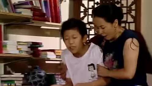鼠标离家出走!父母想儿子心切!错把刘星当儿子
