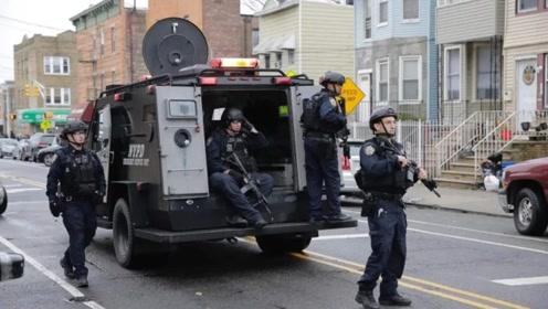 美本土爆发激烈枪战,附近12所学校停课,警察火力不足调来装甲车