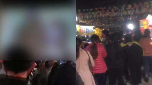 广东揭阳一村庄当众播放不雅电影,警方第一时间赶到现场处理