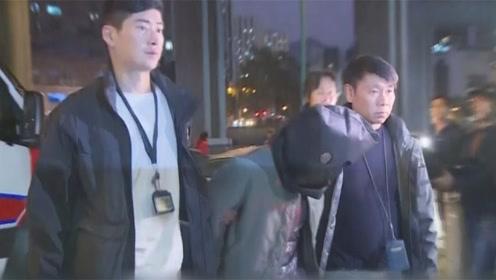 三名男子试爆炸弹被香港警方逮捕 其中一人是中学实验室助理