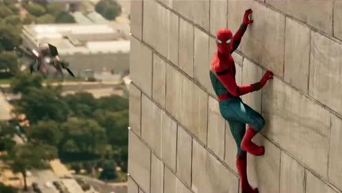 《 蜘蛛侠:英雄归来》先导预告 彼得胸前露玄机