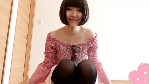 欧美时尚 露肩喇叭袖上衣 白色短裙加黑色丝袜 性感可爱!