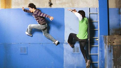 室内练习都这么惊险 可想而知死亡跳跃有多疯狂!
