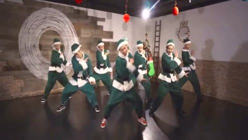 日本舞团Ganmi欢乐恶搞编舞《All I Want For Christmas Is You》