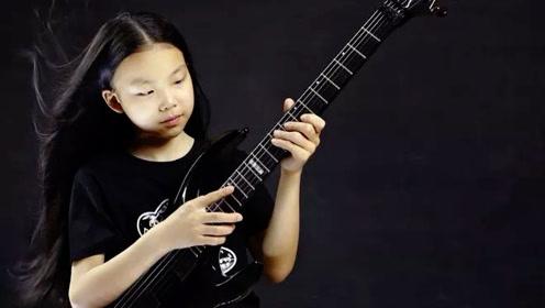 这个00后引爆中国音乐圈 一把吉他玩到国外网友都惊呆了