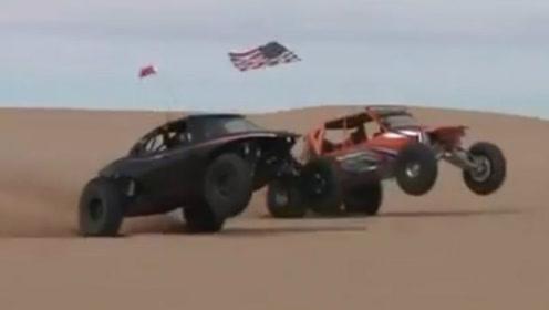 沙漠赛车太惊魂,前脚两轮离地,整个车子一半飘在空中
