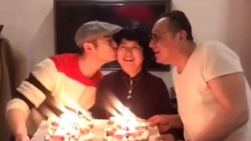 黄晓明为妈妈庆祝66岁生日,吐槽爸爸:亲我妈怎么还不好意思了